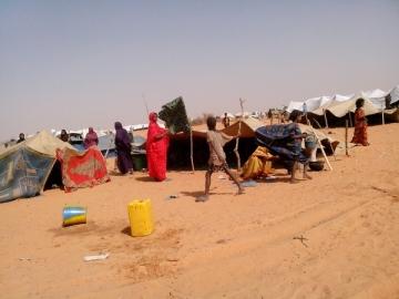 Mali, pobres y asediados por la guerra